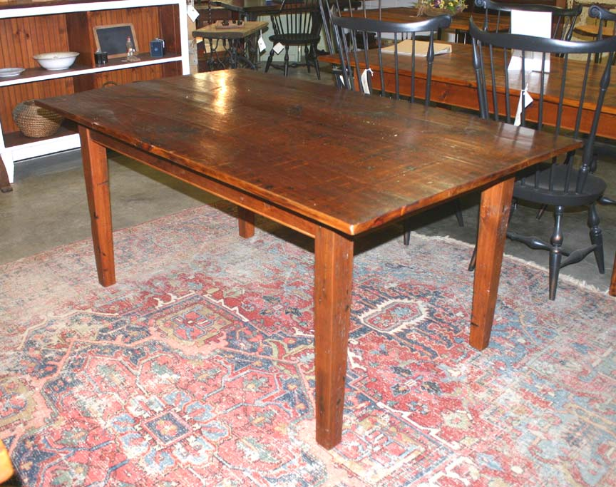 DT-78 Farm Table