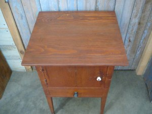 ET-73 Shaker End Table - best top