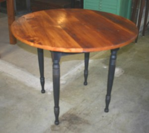 RT_19_Table_Turned_Legs_fullivew_downsized